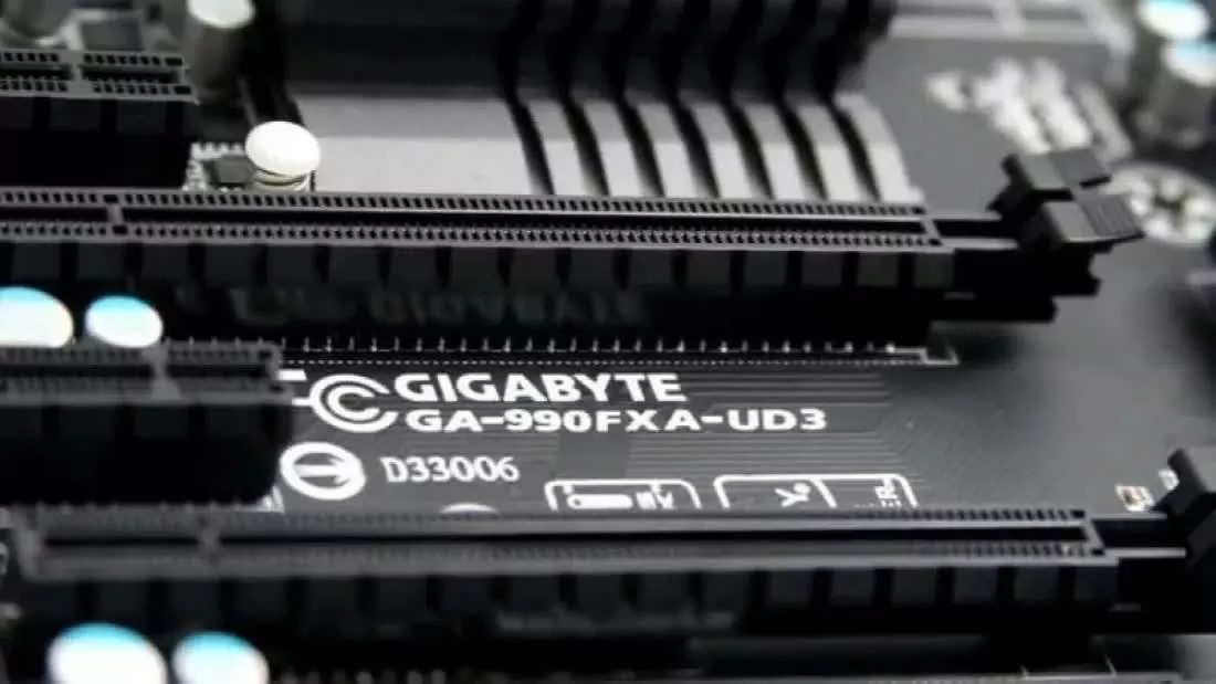 """Gigabyte's criticism of """"low quality"""" Chinese manufacturers wipes $550 million off company's market value"""